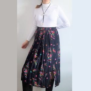 1990's Abstract Pleated Skirt with Slits